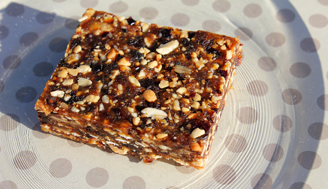 back to school peanut butter and jelly bars